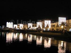 linda-fratoni-ischia-campania-italia-notte-luminarie-riflessi-mare-fotoartistiche-foto-artistiche